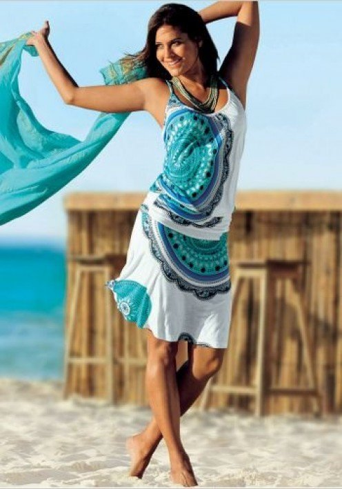 Simple Beach Wear Is All About Comfort, But It Can Also Be About Looking Totally Hot Here Are Five Fabulous Looks To Try On  A Boubou Is A Free, Throwon Dress You Can Wear A Twopiece Bikini Under A Translucent Bikini Cover Up And Still Look