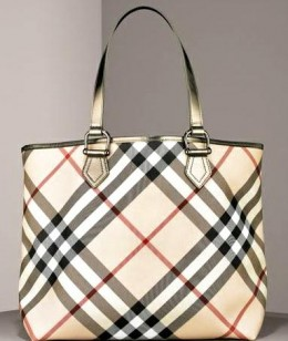 Burberry Byron Tote; its every bit the classic wardrobe staple