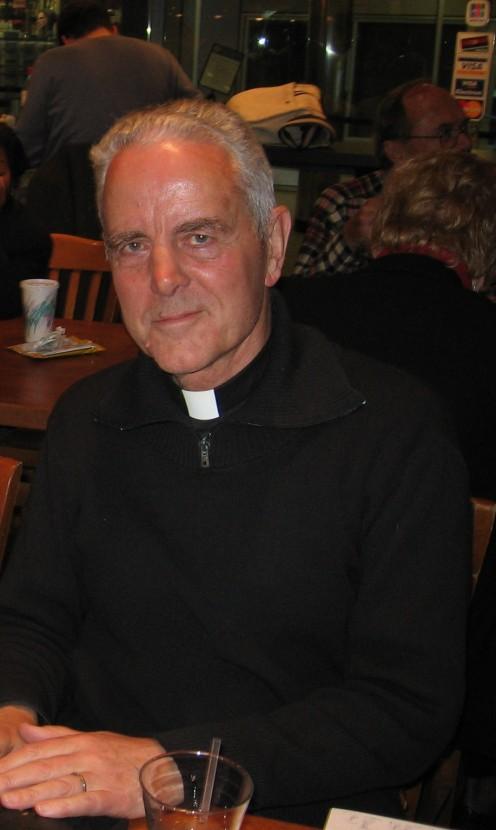 Smiling, Bishop Williamson (taken 2-3 yrs ago)