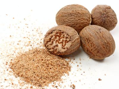 Nutmeg or jaiphal in Hindi
