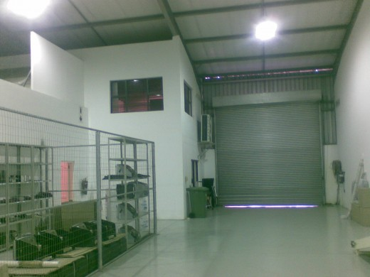 good roller shutter access helps with despatch and receiving