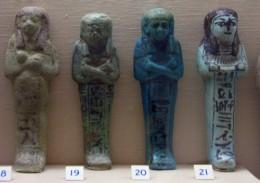 Amuletes. Egyptian section.