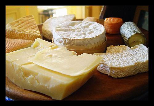 Lots of different types of cheese photo: cw beucheler @flickr