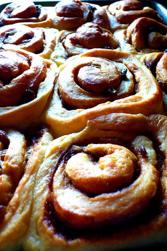 Cinnamon buns photo: chotda @flickr