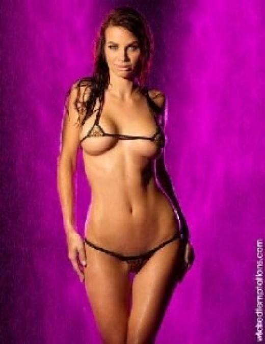3235298 f520 Micro String Bikini Pictures