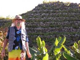 Bard of Ely by La Suerte pyramid. Photo by Colin Kirby