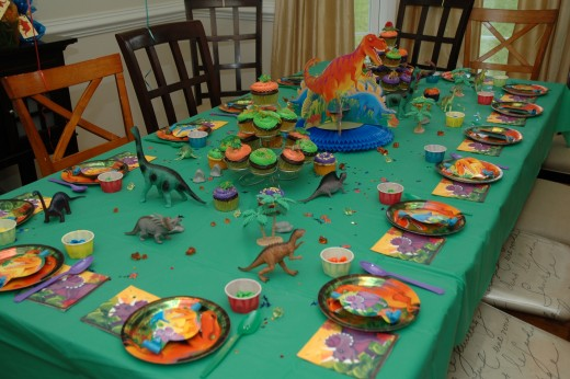 A fun and festive dinosaur tablescape!