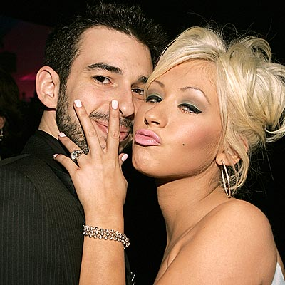 Celeb Wedding Ring: Christina Aguilera 5 carat diamond platinum