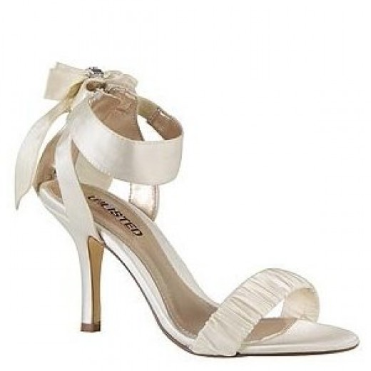 Satin Bridal Shoes with Bows