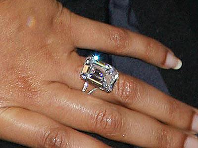 Celebrity Beyonce's Engagement Ring, 18 carat, worth 5 million and designed by Lorraine Schwartz
