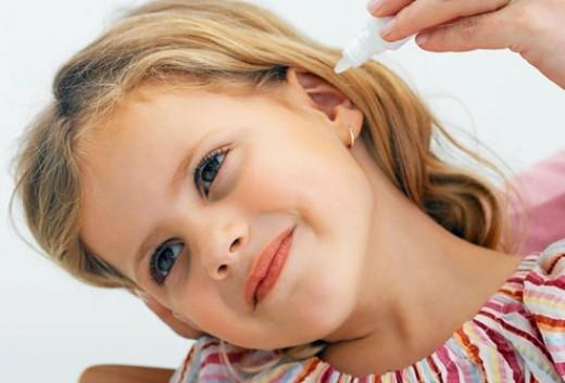 Vinegar treatment for otitis externa. External cavity of ears
