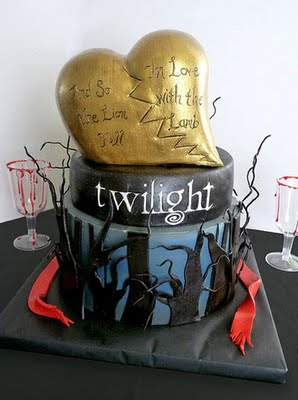 Source:  http://www.cakewrecks.com/2009/11/sunday-sweets-twilight.html