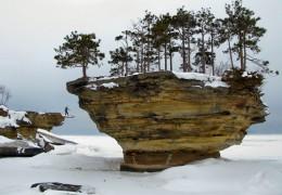 Turnip Rock and the Thumbnail,  Lake Huron
