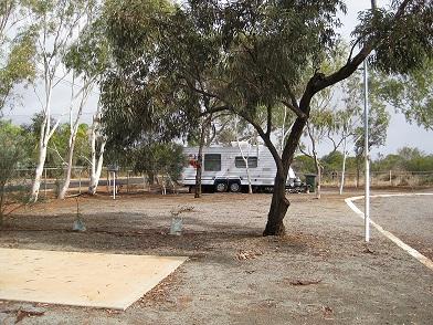 Peaceful caravan park . This is us in corner!