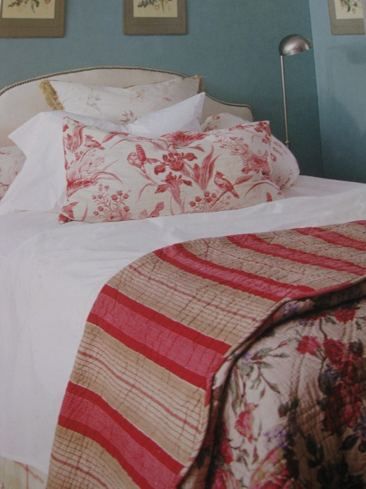 Mix & match bed linens.