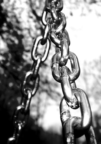 Every link matters. Source: www.flickr.com/photos/ellasdad/457521627