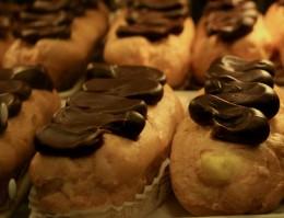 Choux pastry eclairs photo: jlbruno @flickr