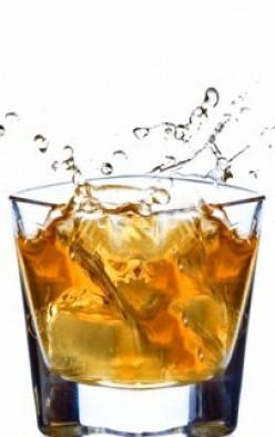 Виски это крепкий и ароматный алкогольный напиток, но не смотря на то.