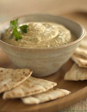 Healthy hummus dip for kids