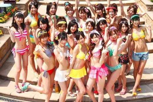 AKB48 - Japan's Hot, All Girl Idol Group