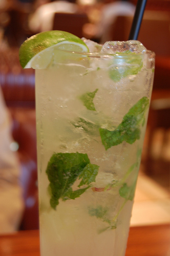 Mojito recipe mixed drink photo: evilmidori @flickr