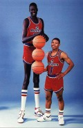 Manute Bol 7'7    Mugsy Bagoes 5'3 (Real name-Tyrone Curtis