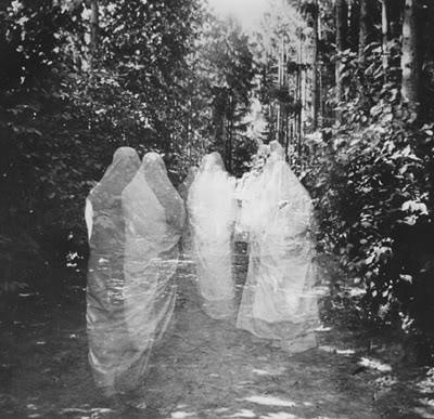 Irish Ghosts Are Many.