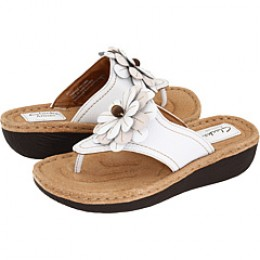 This Clark's Latin Cha Cha Sandal warm-weather shoe makes me feel warm all over.