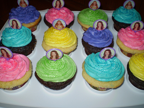 cupcakestakethecake.blogspot.com