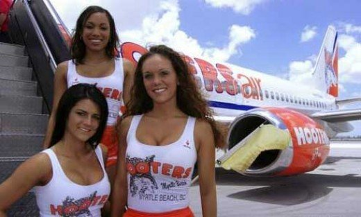 HOOTERS AIRLINES
