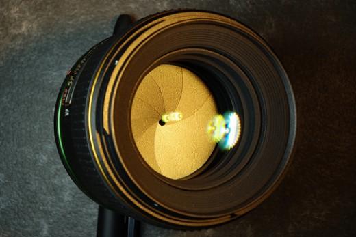DA 55mm f/1.4 SDM front