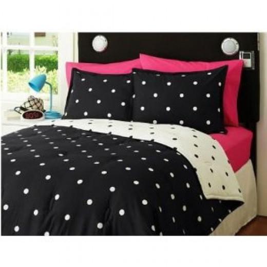 Black and white polka dot bedding