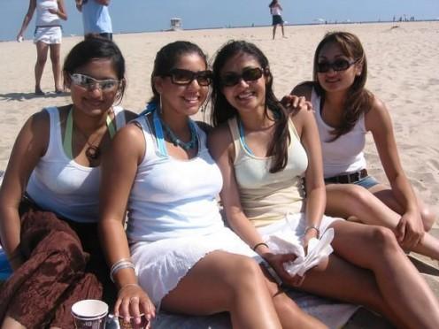 Indian Bikini Girls Abroad - Sexy Hot  Babes in Beach Image 10