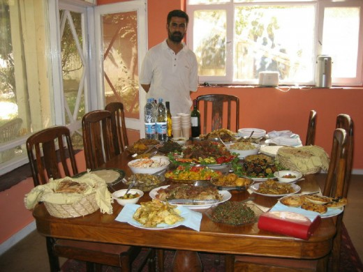 THE AFGHAN CUISINE (Photo courtesy of Tracy Hunter, Kabul Afghanistan)