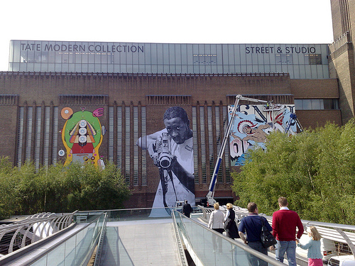 Siexart, Jr and Faile Hit the Tate Modern