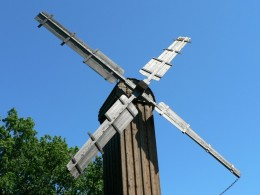 One of the earliest forms of capturing energy is the use of wind, from sails on ships to sails on windmills. This energy source has been in use for thousands of years in various ways.