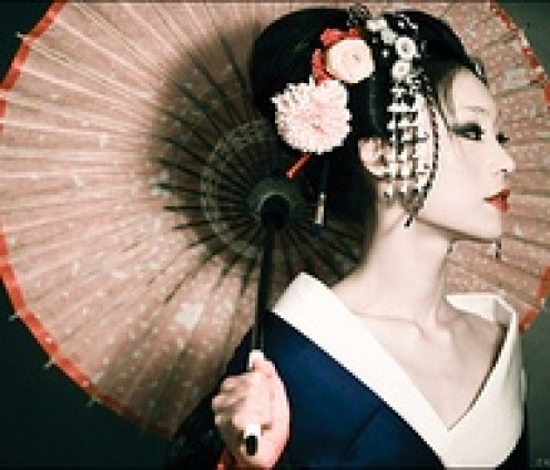 In Japan, the umbrella as with the fan, are extensions of a personality. They have long been used seductively as well as practically. Of course there is always practicality in seduction, I guess.