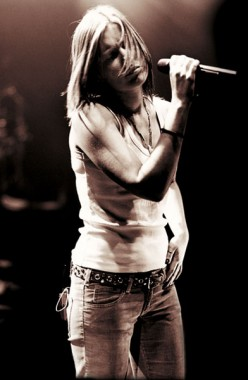 British pop singer Dido came to fame with the American rapper Eminem