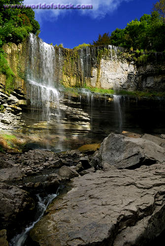 There are other falls along the Niagara escarpment that are not part of the Great Lakes drainage system,