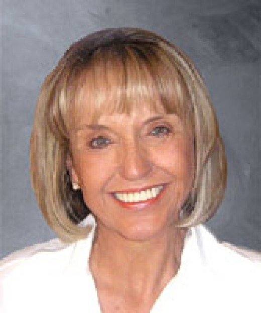 Jan Brewer Courageous for Standing firm for what is Right and Just for the people of Arizona and America!