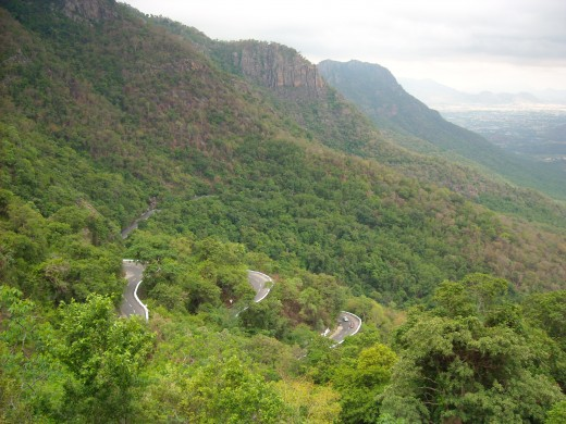 The winding roads between Salem and Yercaud as seen from the top.