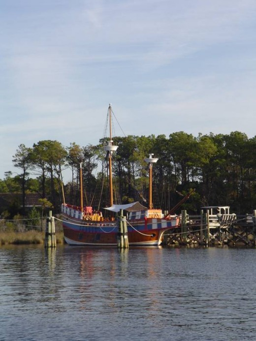 Replica of the ship that brought the first English colonists to Roanoke Island. (photo copyright Donna Campbell Smith)