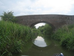 A quiet stretch on the Kennet And Avon Canal.