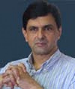 Prakash Padukone,Indian Badmiton star and father of Deepika Padukone,film star