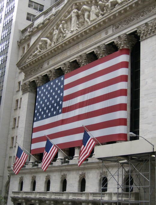 Flags are waving on Wall Street because I HAVE MADE MONEY ON HUBPAGES!