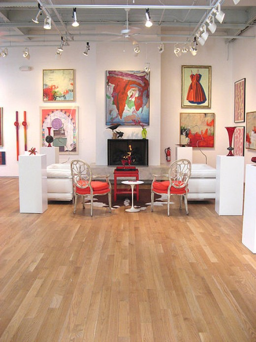 Somerhill Gallery in North Carolina. Oak Floors.