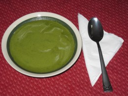 Colorful Spinach Soup for Lunch