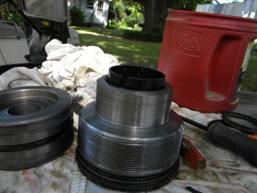 Replacing gland piston seal