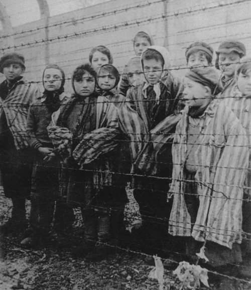 Photo by Alexander Voroncov, released into the public domain by the United States Holocaust Memorial Museum
