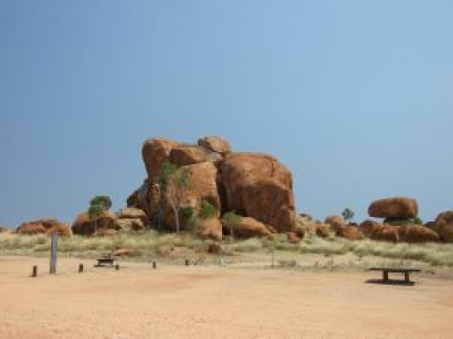 Devils Marble near Tennant Creek, Northern Territory, Australia (by marionharr on sxc.hu).